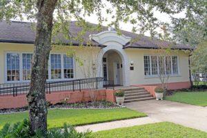 Dickinson Memorial Library in Orange City, FL